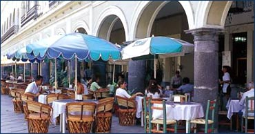 Restaurants in Manzanillo