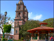 Valle de Bravo's Main Square