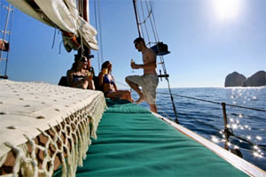 Boat tours in Los Cabos