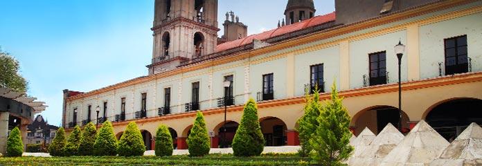Toluca Vacations