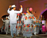 "The Entertaining Yucatecan ""Bombas"""