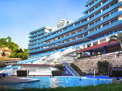 Hotel aristos majestic en acapulco m xico for Hotel agrustos