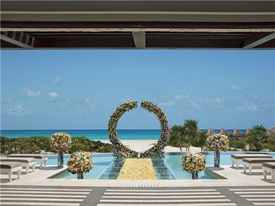 Facilidades Nupciales Dreams Playa Mujeres Golf and Spa Resort