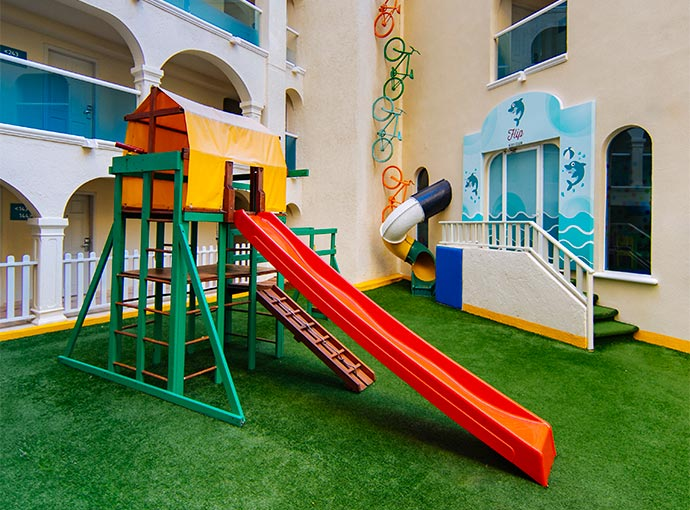 Área de juegos infantiles Occidental Costa Cancún