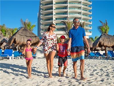 Beach Seadust Cancun Family Resort