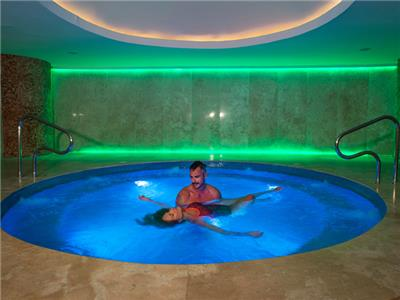 Hidromasaje Seadust Cancun Family Resort