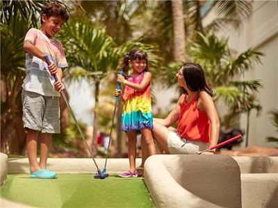 Minigolf Seadust Cancun Family Resort