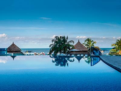 Hotel las am ricas torre del mar en cartagena reserva de for Piscina torre del mar