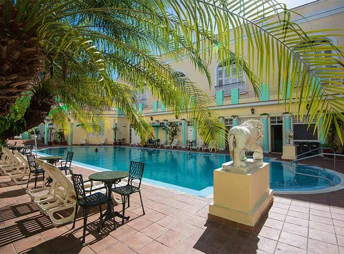 Piscina (s) La Union by Melia Hotels International