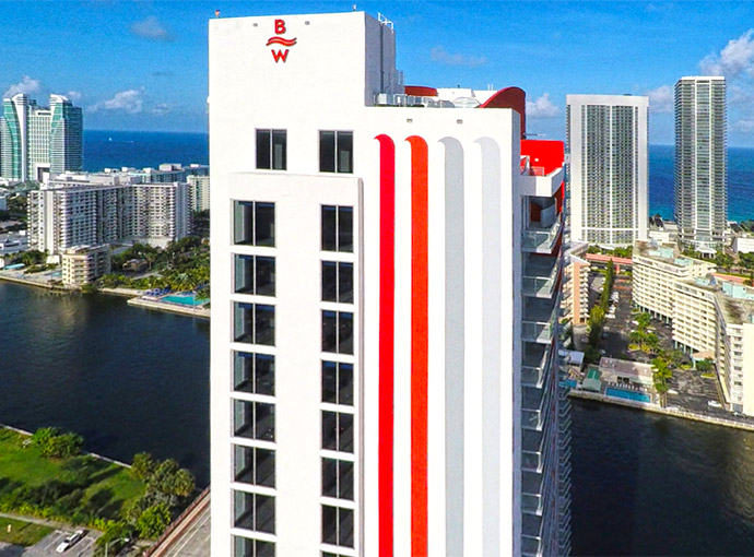 fort lauderdale chat rooms Enjoy a prime location, plush hyatt grand bed®, free wi-fi, work desk and cozy corner sleeper sofa in modern hotel rooms in ft lauderdale book now.