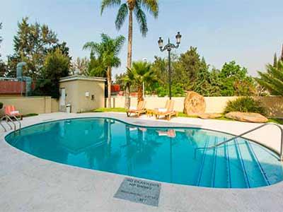 Hotel hampton inn guadalajara aeropuerto en guadalajara for Hoteles con piscina en guadalajara
