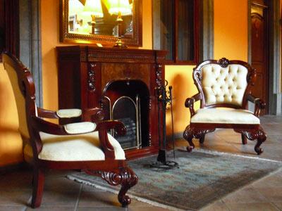 Hotel morales historical and colonial downtown core for Sala de estar de un hotel
