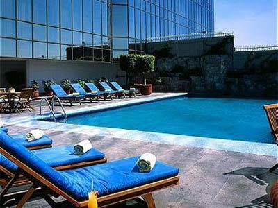 Hotel presidente intercontinental guadalajara en for Hoteles con piscina en guadalajara