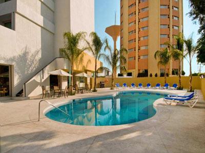 Staybridge suites guadalajara expo en guadalajara reserva for Hoteles con piscina en guadalajara