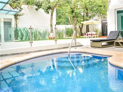 Alborata hotel boutique en guadalajara reserva de hoteles for Hoteles con piscina en guadalajara