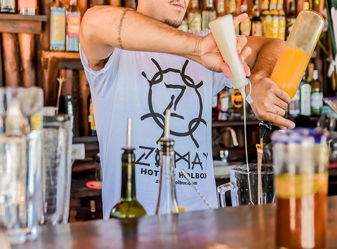 Bar (es) Zomay BeachFront