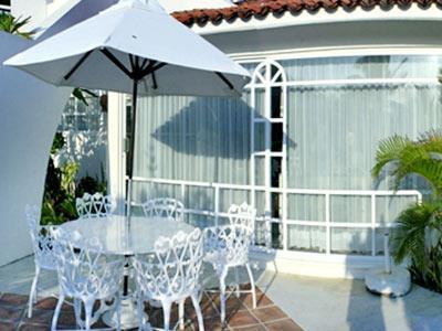 Hotel villas fa sol huatulco for Villas fa sol