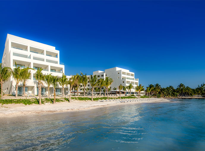 Playa Izla Hotel
