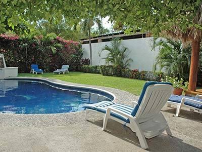 Hotel villas mercedes en ixtapa y zihuatanejo reserva de for Villas ximena zihuatanejo