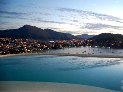 Reviews in ixtapa zihuatanejo villas el morro for Villas el morro