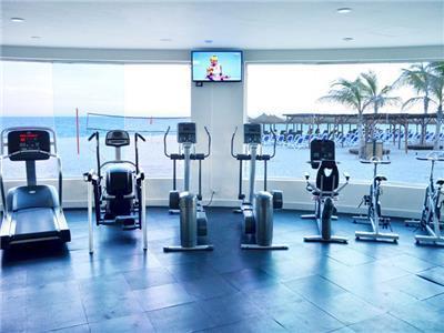 Hotel royal decameron los cabos en los cabos reserva de for Piscina gimnasio