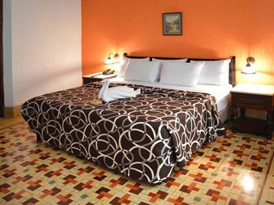Hotel col n cuartos hotel col n m rida hoteles for Habitaciones conectadas hotel
