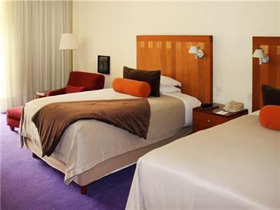 Habitaciones en el hotel camino real polanco m xico for Habitaciones conectadas hotel