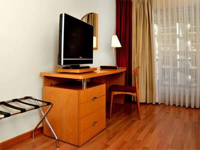 Mapa y ubicaci n de armon suites hotel montevideo uruguay for Escritorios montevideo