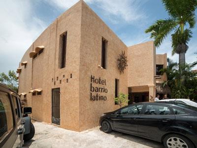 Barrio Latino Chat Room