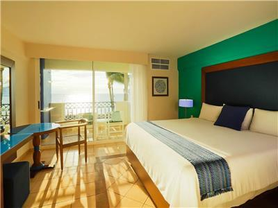 """puerto vallarta chat rooms """"go"""" for less in 2019 when you book today and enjoy our special early booking bonus for an incredible stay at garza blanca resort & spa, located in the friendliest city in the world: puerto vallarta."""