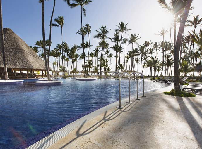 Piscina (s) Barcelo Bavaro Beach Adults Only