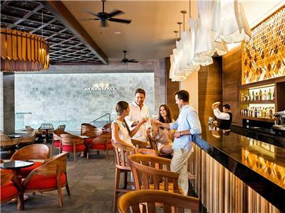 Bar (s) Barcelo Maya Caribe