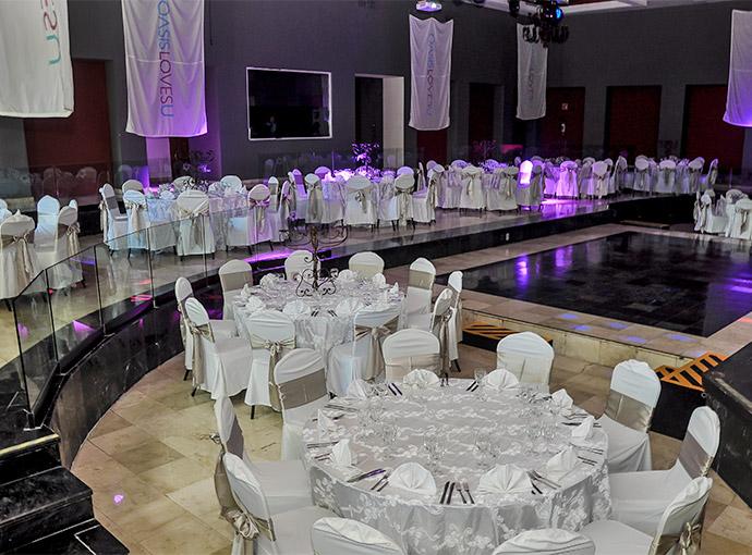 Salón (es) para Eventos Oasis Tulum Lite