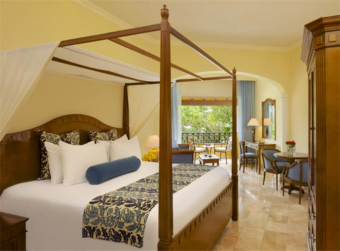 Preferred Junior Suite Vista Tropical King