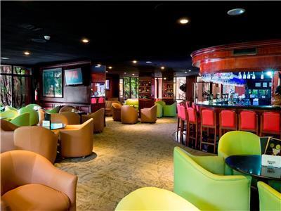 Bar (s) Barcelo San Jose