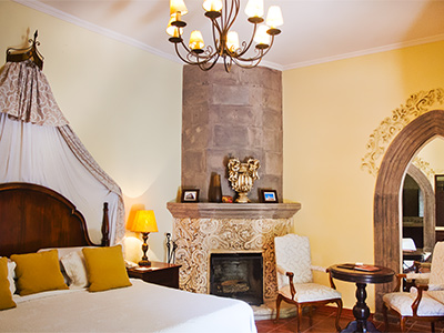 allende chat rooms Consider making your next single travel adventure the city of san miguel de allende for the feel of old mexico all rooms have been painstakingly finished to.