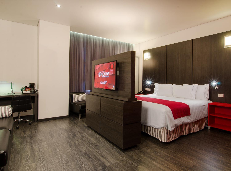 Habitaciones en el hotel ramada encore san luis potos for Habitaciones conectadas hotel