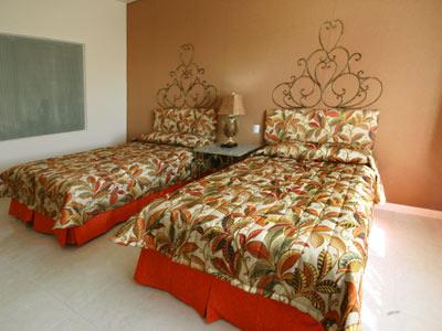 potosi chat rooms Hotel san luis rooms these comfortable rooms are the perfect place to spend your evenings when you visit san luis potosi each room features simple, rustic decor and a quiet atmosphere.