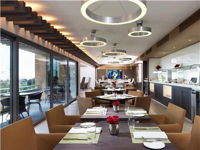 Restaurant (s) El Embajador a Royal Hideaway Hotel