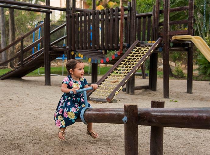 Área de juegos infantiles Occidental Tamarindo
