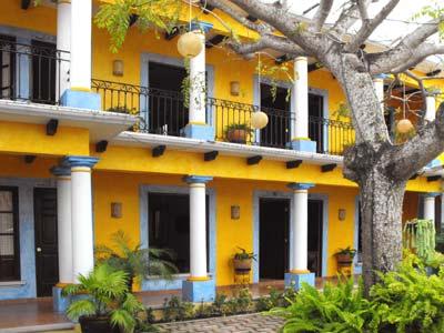 Hotel Hostal El Patio En Tlacotalpan Veracruz Estado, Reserva De Hoteles En  Tlacotalpan Veracruz Estado