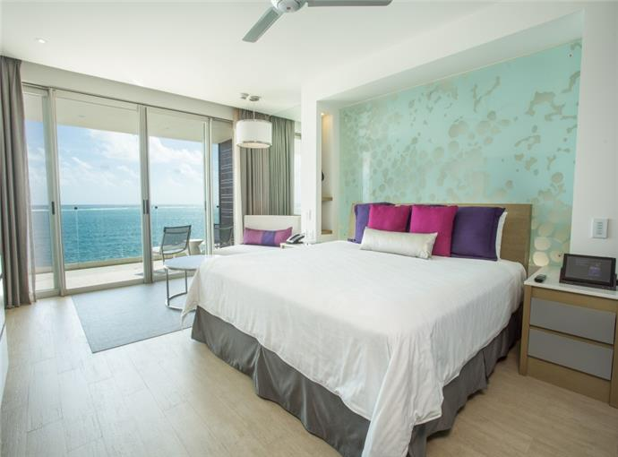 Xcelerate Junior Suite King Frente al Mar