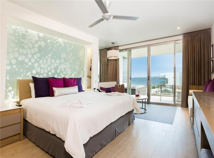 Xhale Club Junior Suite King Vista al Mar
