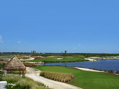 Golf Course Riviera Cancun